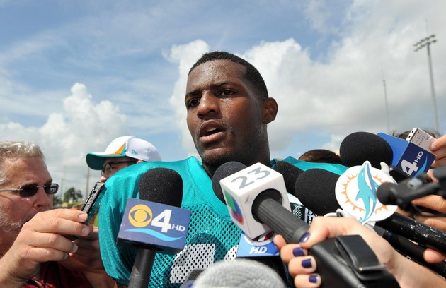 Mike Wallace was seething mad after catching one pass in Miami …