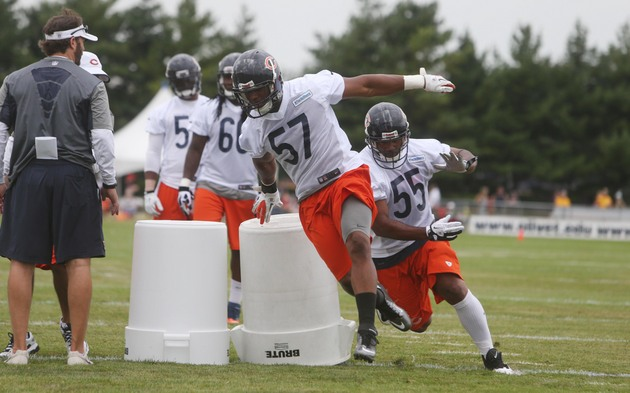 Lance Briggs isn't ready to vault rookie over D.J. Williams in …