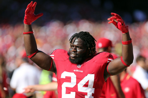She-Hawks? 49ers running back Anthony Dixon sends some trash ta…
