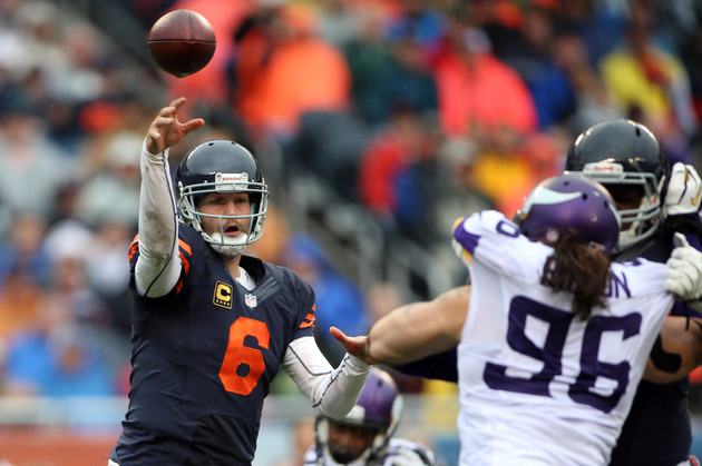 Jay Cutler leads huge late drive, hits Martellus Bennett for Ch…