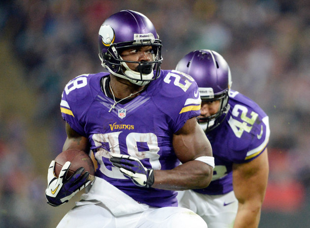 Reports say Adrian Peterson will play Sunday; suspect in his so…