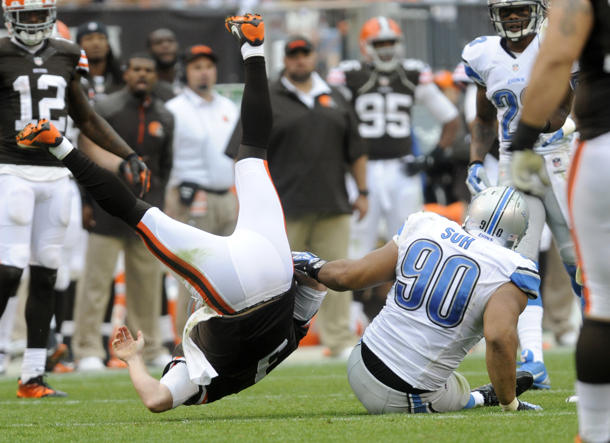 Suh's fine came for lesser hit on Weeden