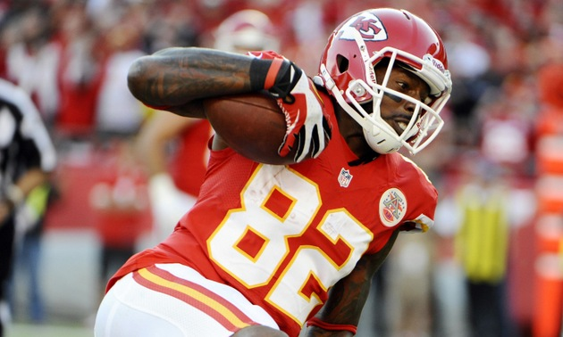 Report: Dwayne Bowe arrested Monday night for possession of mar…
