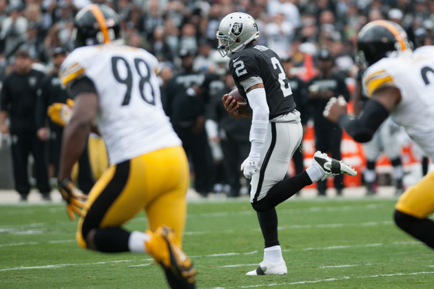 Raiders running wild over Steelers at halftime