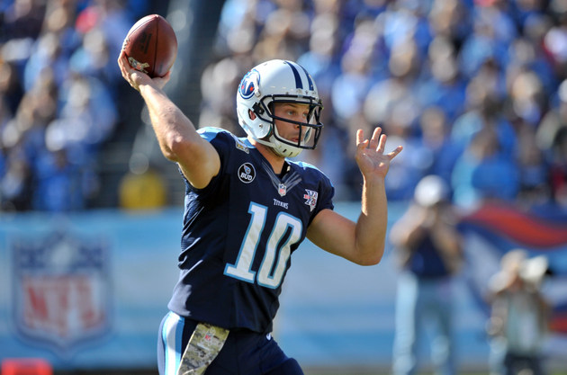 Jake Locker once again leaves Titans game with a foot injury