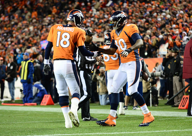 Broncos give the Chiefs their first loss, move into a tie for f…