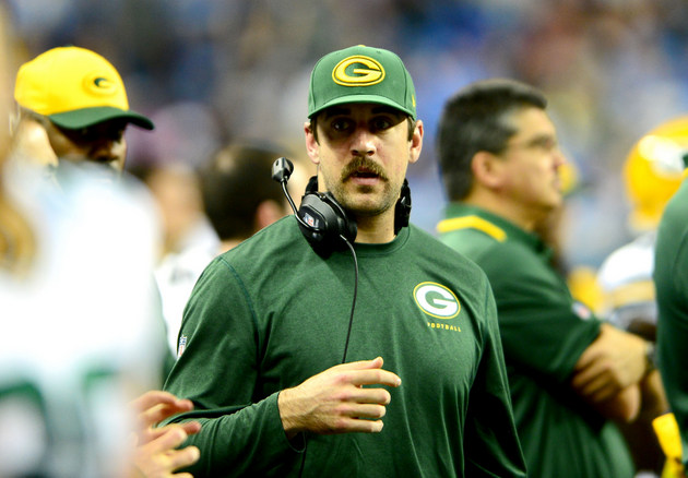 Aaron Rodgers contradicts earlier report, says he'll be playing…