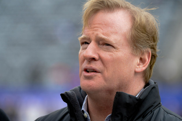 Roger Goodell will sit outside for the cold-weather Super Bowl …