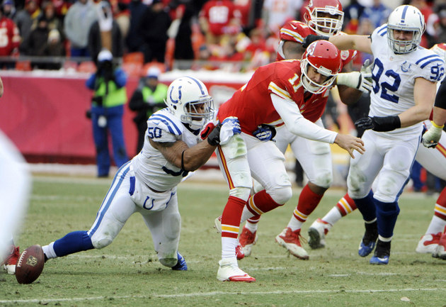 Chiefs fall flat with chance to get in Colts' heads as playoffs…