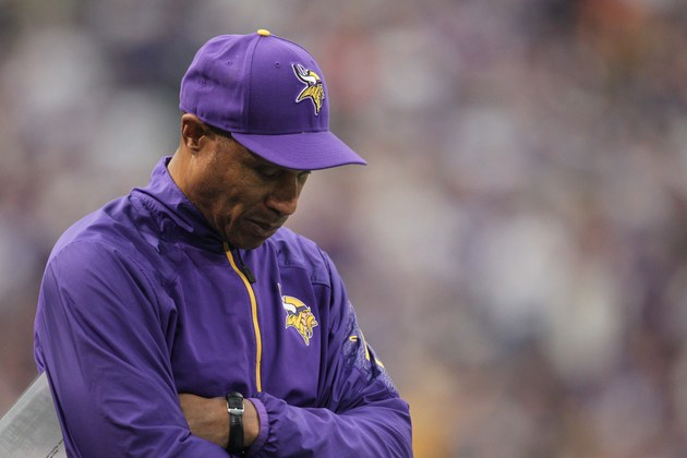 Minnesota Vikings fire Leslie Frazier after he compiles a 21-32…