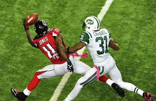 Report: Falcons' Julio Jones could be done for the year with a …