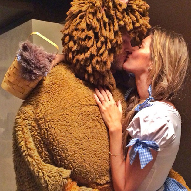 Tom Brady dressed as the Cowardly Lion for Halloween, but got t…