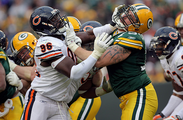 Woman loses bet on Packers game, takes stun gun shot from her h…