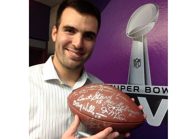 Joe Flacco finds sweet spot on football signed by every Super B…