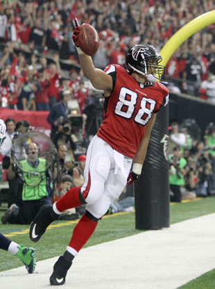 Tony Gonzalez makes yet another great catch; Falcons off to fas…