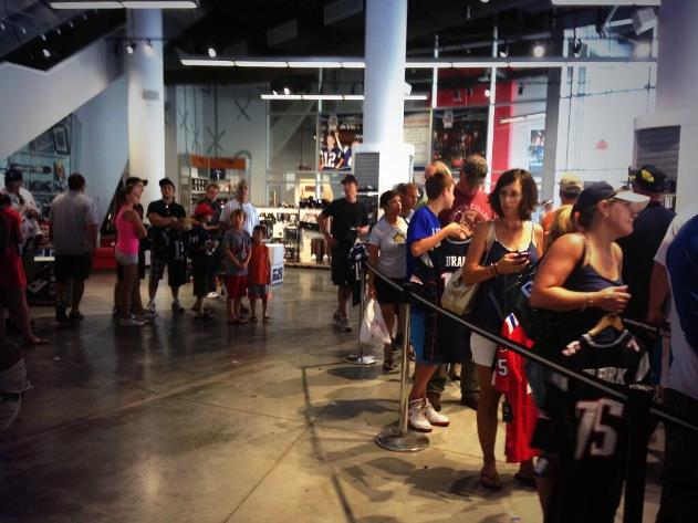 Huge line forms as New England Patriots fans trade in Aaron Her…