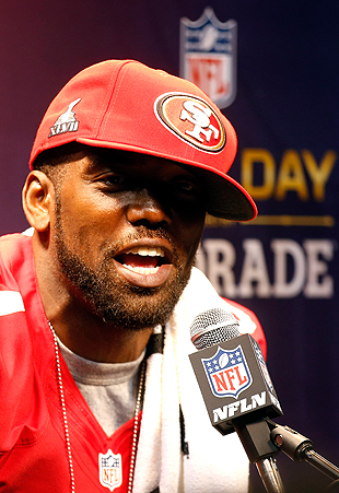 Randy Moss sticks with his narrative, insists that he's the gre…