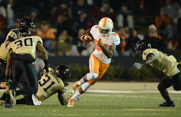 Minnesota Vikings select Tennessee WR Cordarrelle Patterson wit…