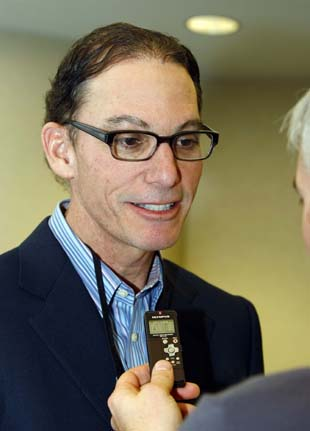 Bears hire Marc Trestman as head coach