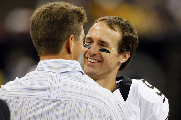 Drew Brees sets NFL record with TD pass in 48th straight game, …