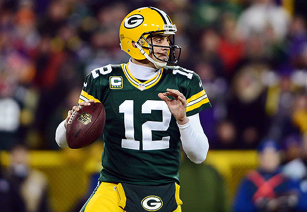 Report: Packers, Aaron Rodgers are $2 million per year apart on…