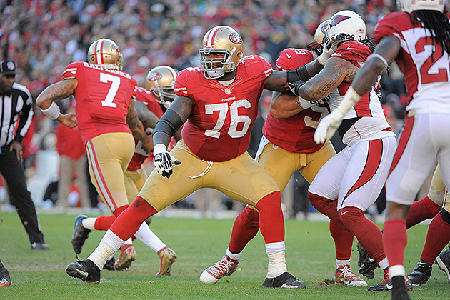 49ers reach long-term extension with RT Anthony Davis