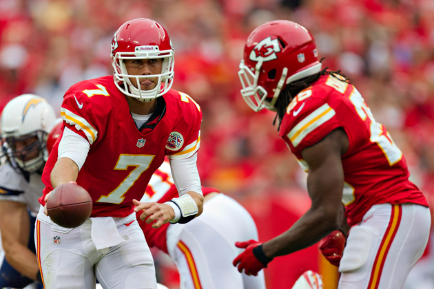Chiefs go with 1925 Dayton Triangles playbook in erratic first …