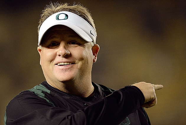 Report: Phil Knight making late push to keep Chip Kelly at Oreg…