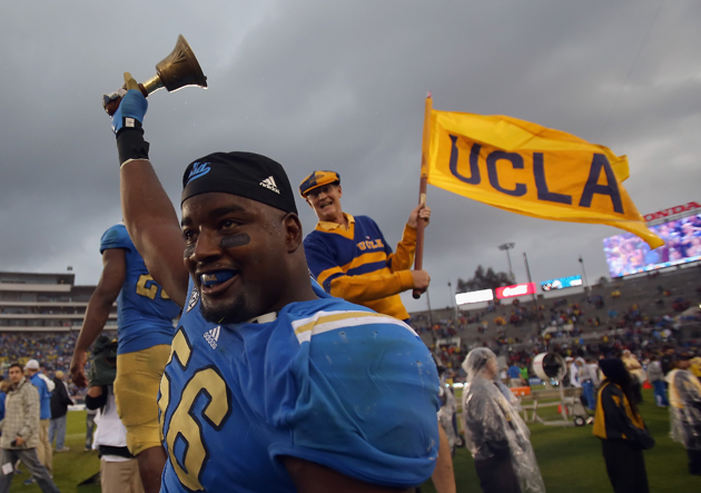 Packers take UCLA defensive end Datone Jones at No. 26