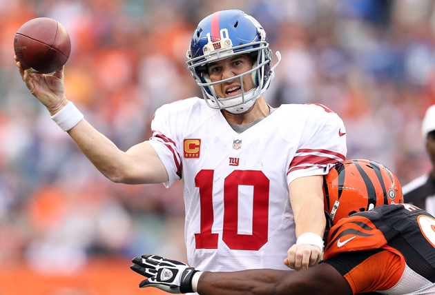 Giants dismiss 'tired arm' talk about Manning, but passing game…