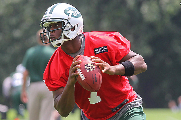 "Jets' Geno Smith does not receive ""QB premium"" in rookie contra…"