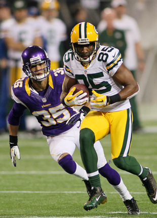 Greg Jennings defects from Green Bay Packers to rival Minnesota…