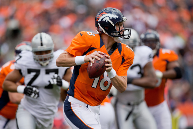Broncos roll over Raiders with Manning, embarrass ex-defensive …