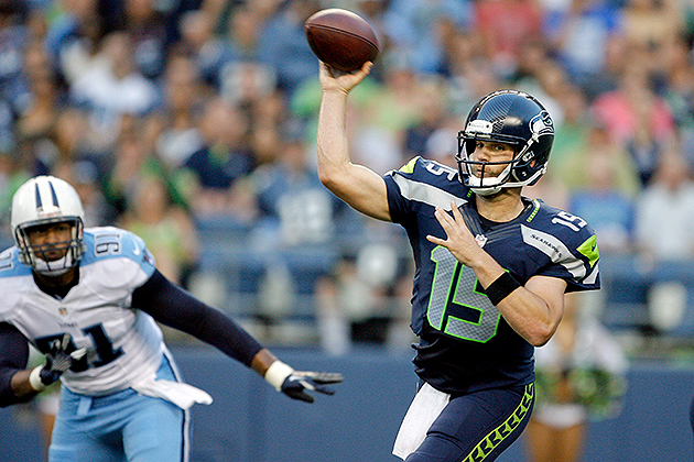 Raiders acquire quarterback Matt Flynn from the Seahawks