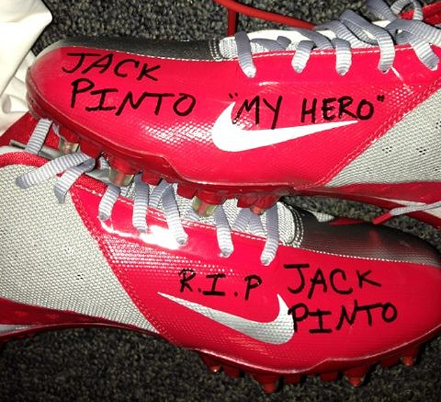 Giants WR Victor Cruz will honor Sandy Hook victim Jack Pinto o…