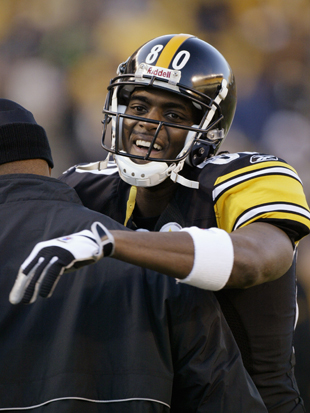 Steelers bring Plaxico Burress back home, sign Brian Hoyer as Q…