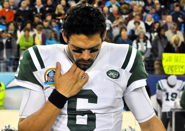 Mark Sanchez is the most recent football player to receive deat…