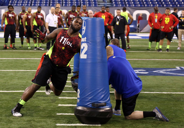 With his pro day in the books, Sharrif Floyd impresses on and o…
