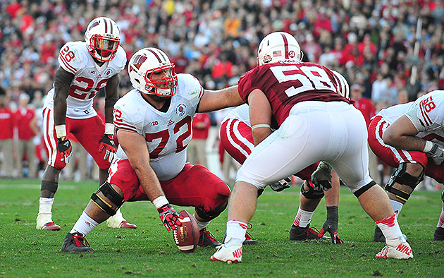 Dallas Cowboys select Wisconsin C Travis Frederick with the 31s…