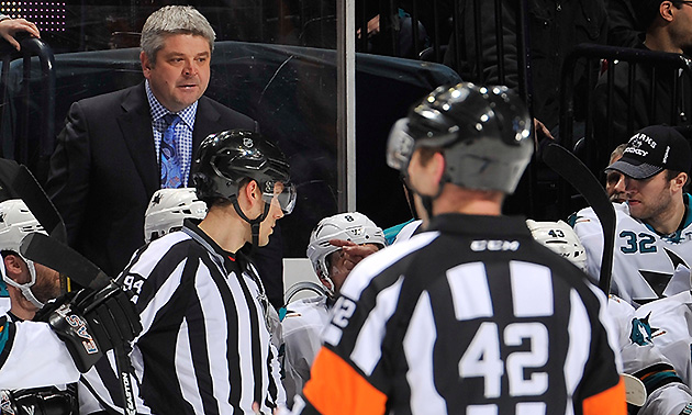 Sharks coach furious about goal call vs. Predators; if only he …
