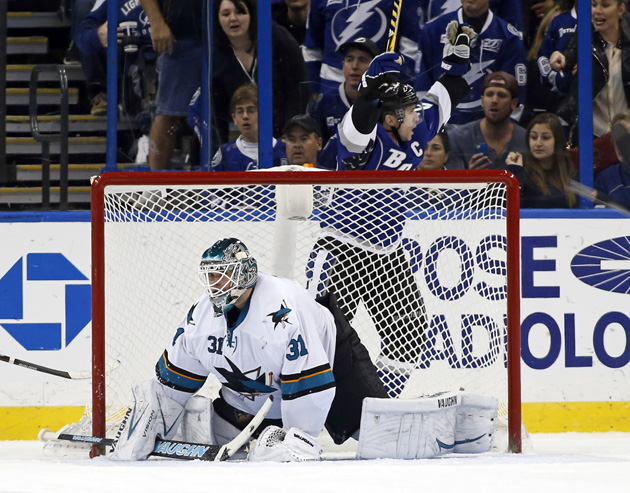 Martin St. Louis scores four goals, Lightning still lose to Sha…