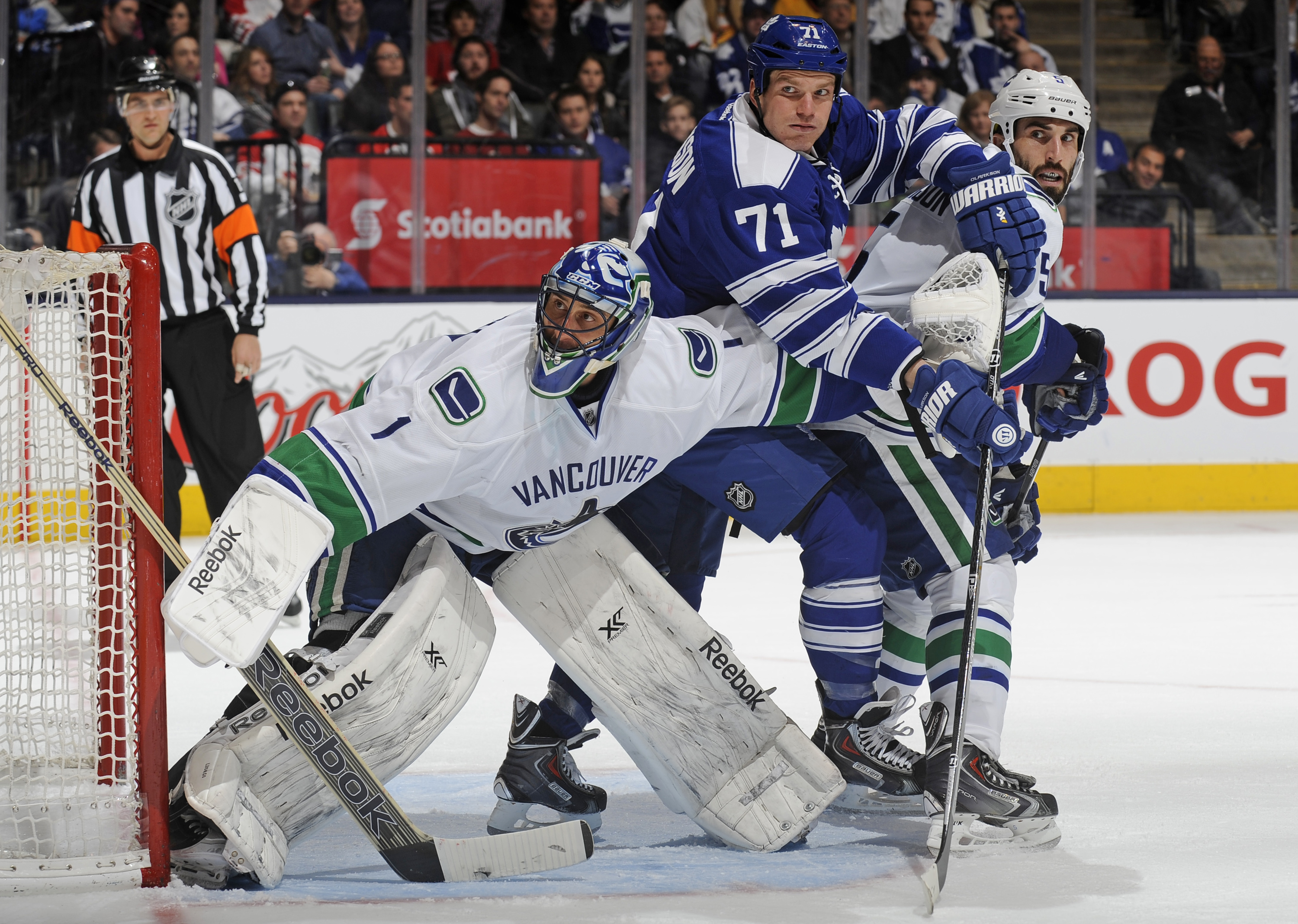 NHL Three Stars: Canucks drop 7th straight; St. Louis owns the …