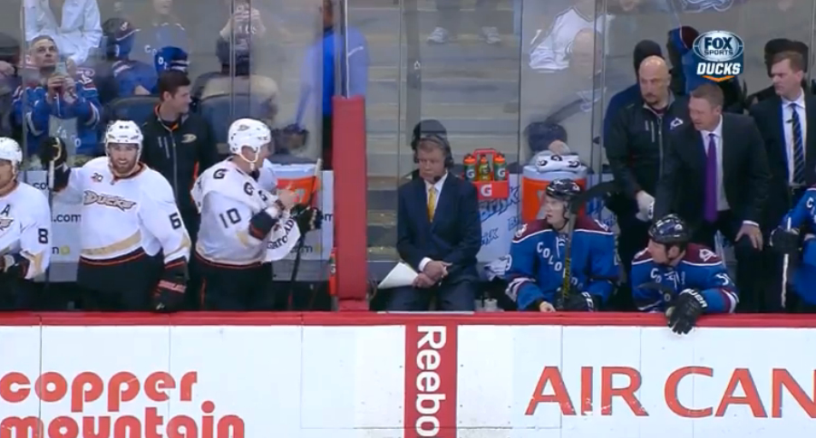 Watch Corey Perry inspect glass in Colorado, gives Patrick Roy …