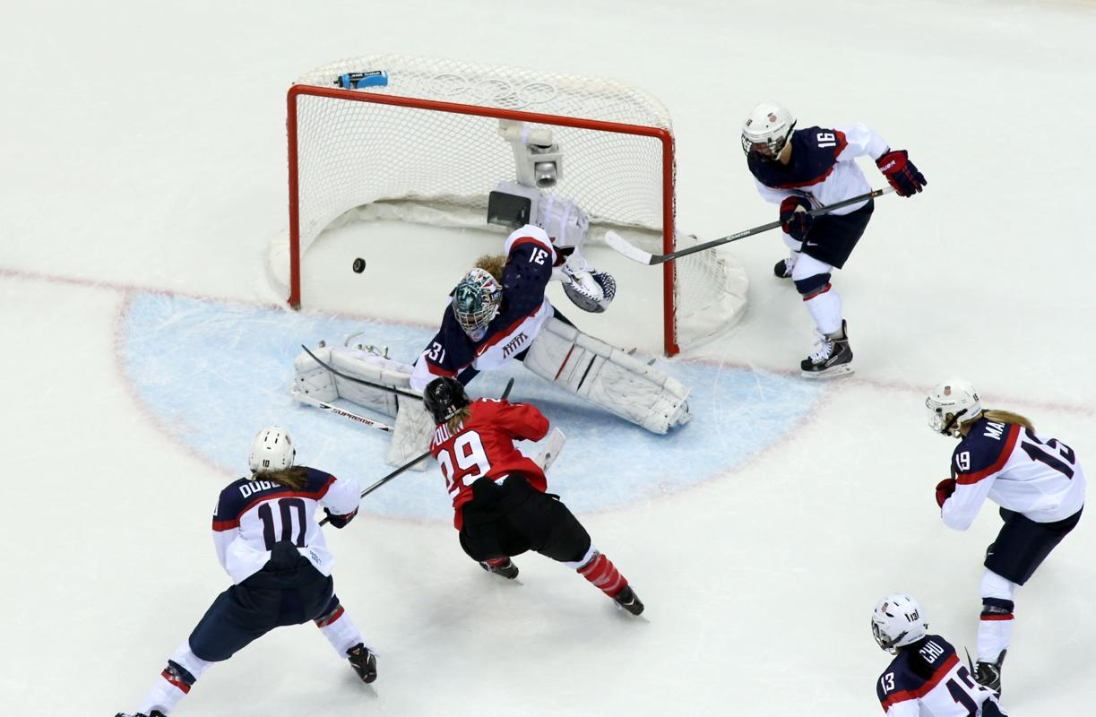 Canada stuns U.S. women to win gold medal U.S. had all but wrap…