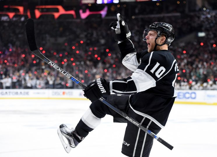 Kris Versteeg leaving NHL for Switzerland: Report