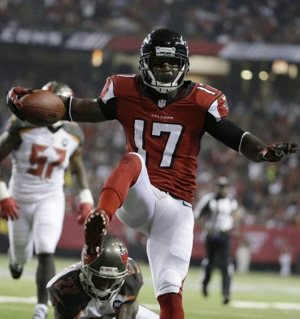 Is Devin Hester ready for a return? His workout videos look enc…