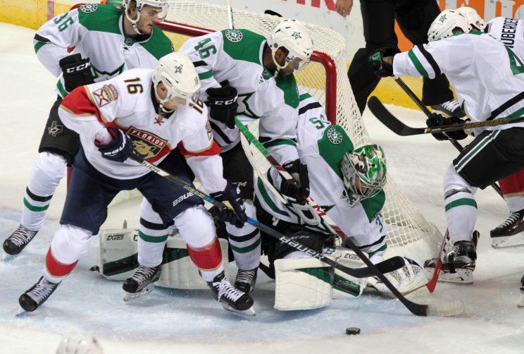 Panthers, Stars both wear white in NHL fashion faux pas