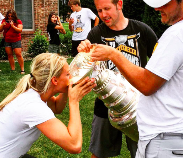 Kessel gets Cup; Marchand, Bruins talk extension; Hoffman hopes…