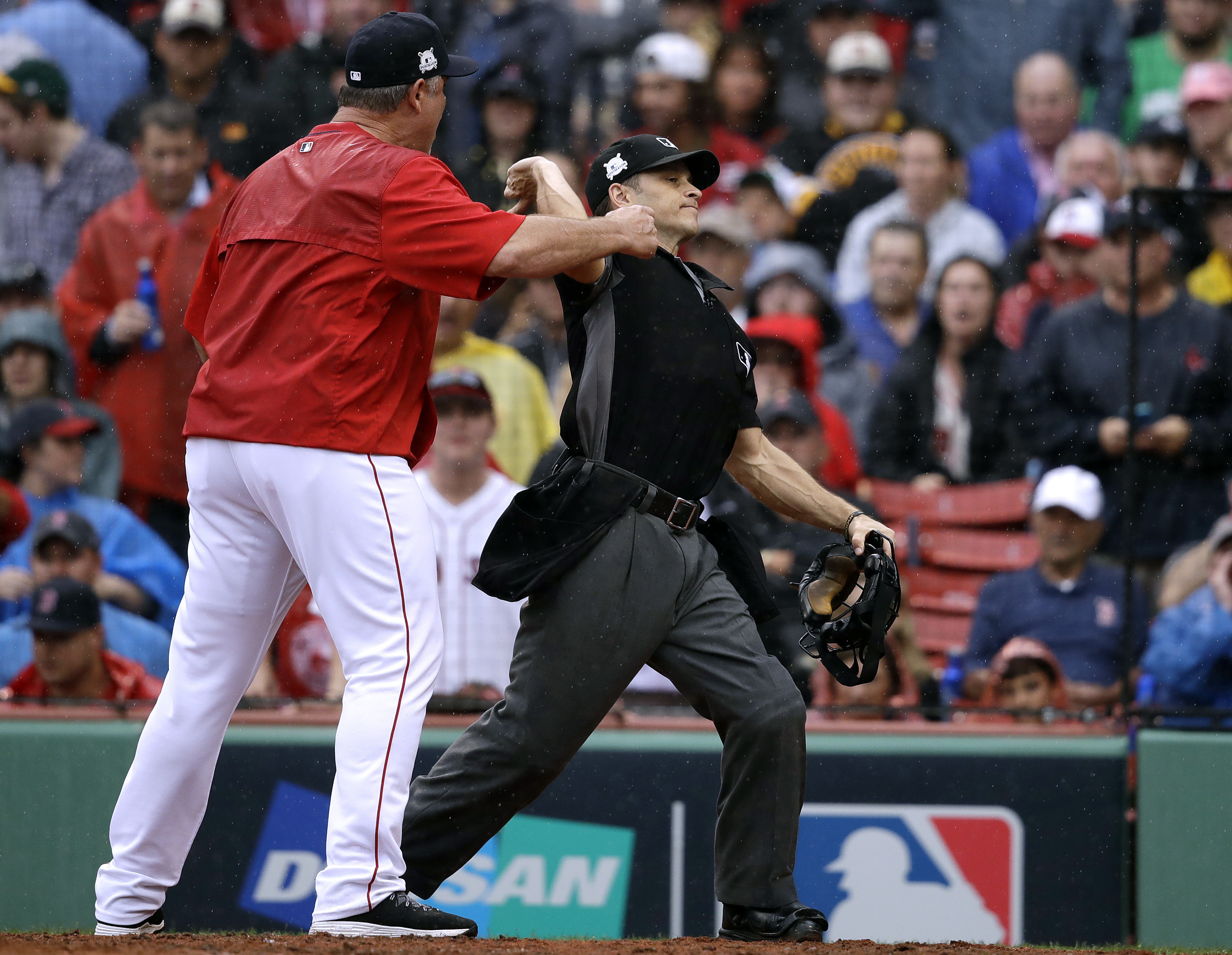 Red Sox manager John Farrell gets ejected in Game 4, then goes off on umpire