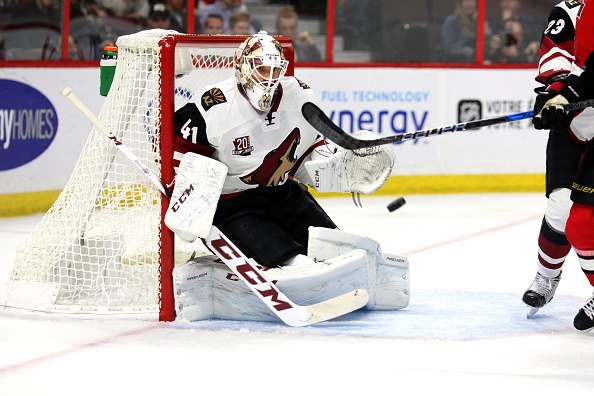 Mike Smith suffers lower body injury in Coyotes loss at Senator…